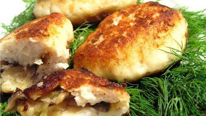 Картофельные колдуны с грибами