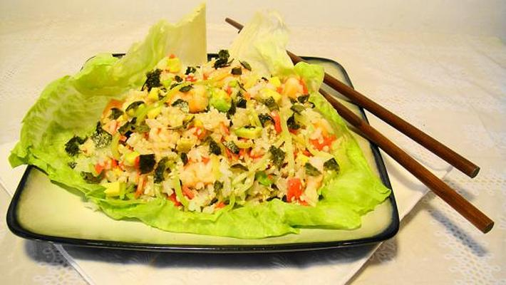 Салат с нори и пекинской капустой